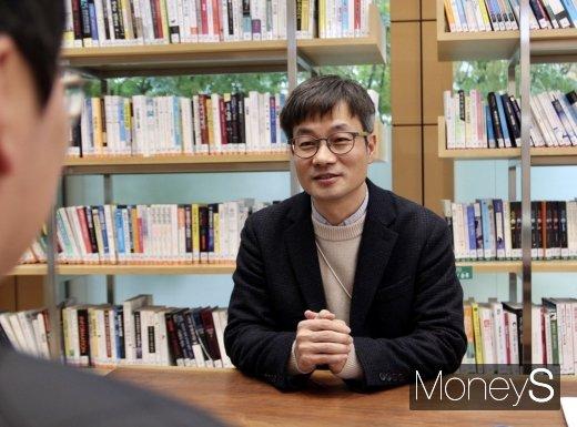 인터뷰 하는 장승래 대표. /사진=박흥순 기자