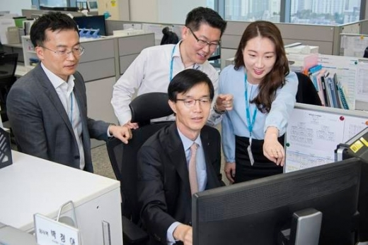 방문규 수은 행장, 부산서 '현장경영' 첫발 뗐다