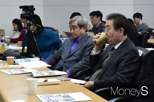 [머니S포토] 새로운 광화문광장 조성 토론 참석한 박원순 시장