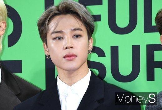 [머니S포토] 방탄소년단(BTS) 지민 '섹시 눈빛'(멜론 뮤직어워드)