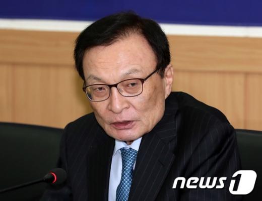 """이해찬 """"한국당 필리버스터 신청 철회·국회 정상화 약속해야""""(속보)"""