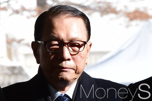 김기춘 전 청와대 대통령비서실장. /사진=임한별 기자