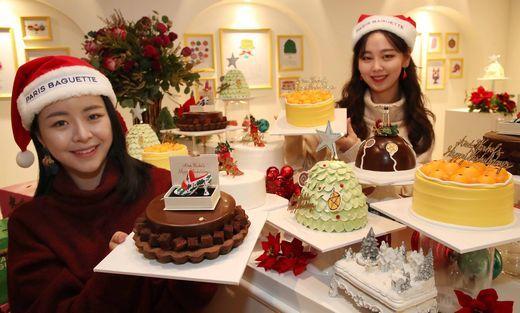 파리바게뜨 '크리스마스 케이크 살롱'에서 '앤디 워홀 케이크'를 만나보세요!