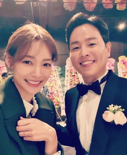 안현모(왼쪽)와 김현우 앵커. /사진=안현모 인스타그램 캡처