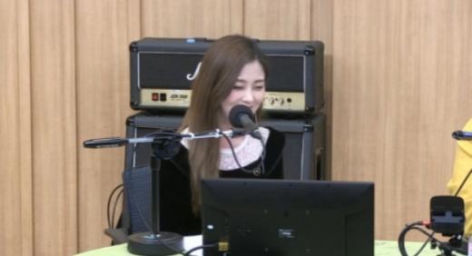 가수 흰. /사진=SBS 라디오 '두시탈출 컬투쇼' 보이는라디오 캡처