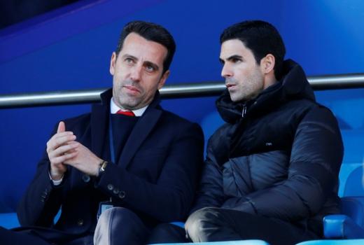 미켈 아르테타 아스날 신임 감독(오른쪽)이 지난 21일(한국시간) 영국 리버풀 구디슨파크에서 열린 2019-2020 잉글랜드 프리미어리그 18라운드 아스날과 에버튼의 경기를 에두 단장과 함께 관전하고 있다. /사진=로이터