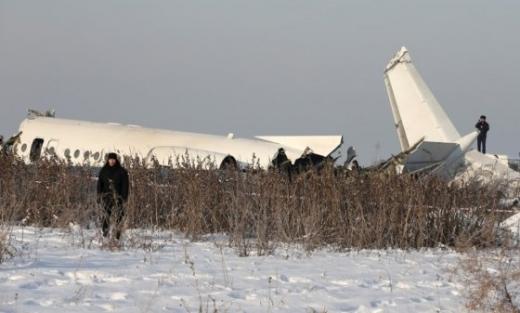 27일 100명이 탑승한 카자흐스탄 항공기가 추락해 최소 9명이 사망했다. /사진=로이터