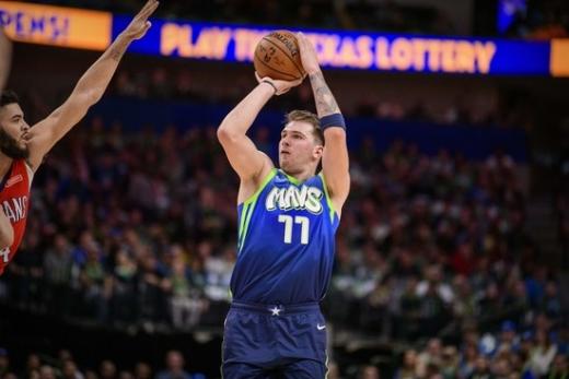 NBA의 새로운 슈퍼스타, 댈러스 매버릭스의 루카 돈치치. /사진=로이터