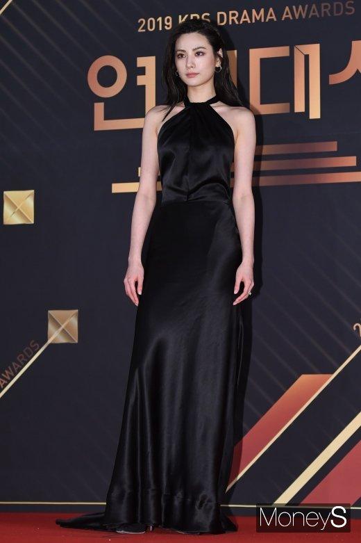 [머니S포토] 나나, 아름다운 블랙 드레스