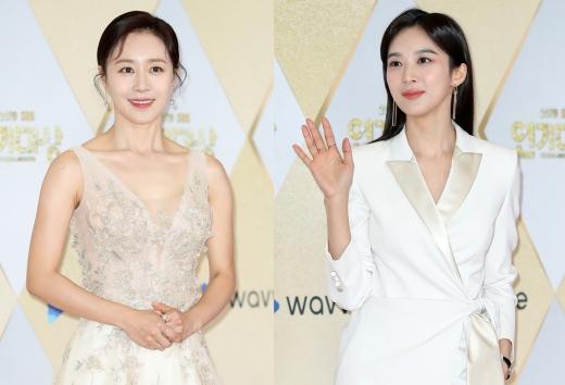 배우 문정희(왼쪽)와 이청아. /사진=뉴스1