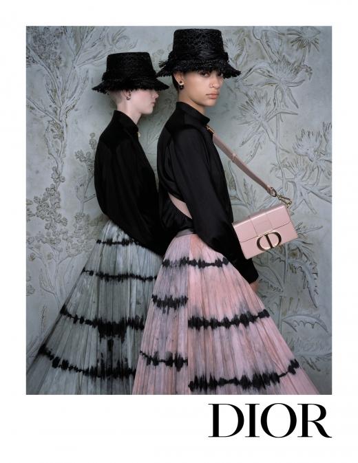 """디올,2020 봄-여름 레디-투-웨어 컬렉션 광고 캠페인 공개… """"전원의 아름다움에서 영감"""""""
