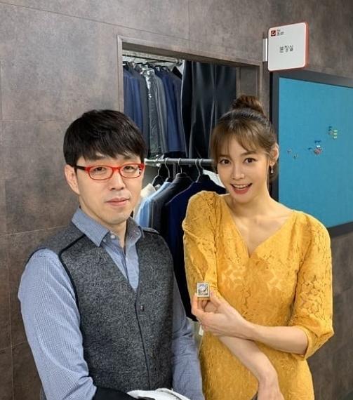 방송인 안현모가 영화평론가 이동진과 함께한 '제92회 아카데미 시상식' 중계 소감을 밝혔다. /사진=안현모 인스타그램 캡처