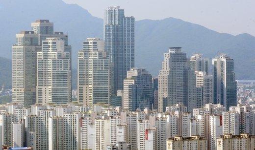 뚝뚝 떨어지는 강남 아파트값… 하락폭 확대