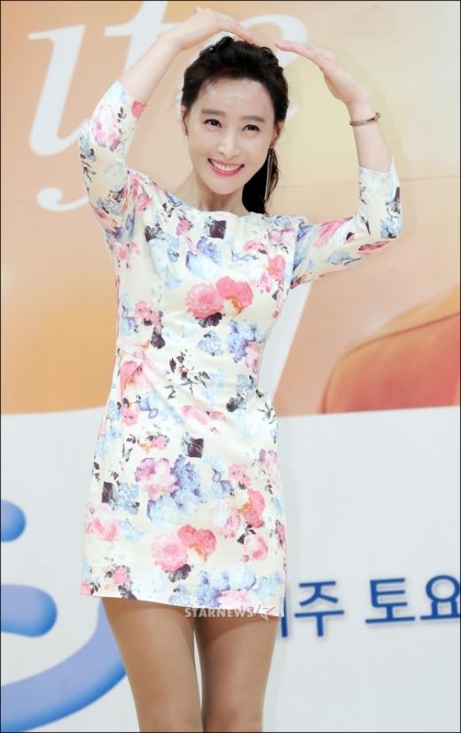 배우 도지원 나이가 실시간 검색어에 오르며 화제를 모으고 있다. /사진=스타뉴스