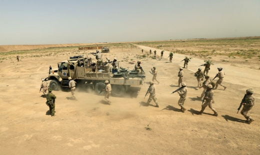 이라크 북부에 있는 타지(Taji) 미군기지가 로켓포 공격을 당해 미군 장병 2명을 포함해 최소 3명이 죽고 12명이 부상을 당했다. 사진은 기사와 무관. /사진=로이터