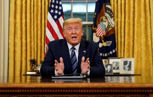 도널드 트럼프 미국 대통령이 12일(한국시간) 한국과 중국에 대한 여행 제한과 경보를 조기 해제할 수 있다고 밝혔다. /사진=로이터
