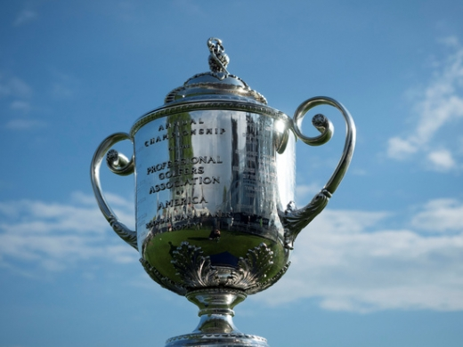 PGA투어가 미 보건당국의 지침에 따라 오는 5월까지 예정된 모든 대회 일정을 전면 취소하거나 연기했다. 사진은 PGA 챔피언십 트로피. /사진=로이터