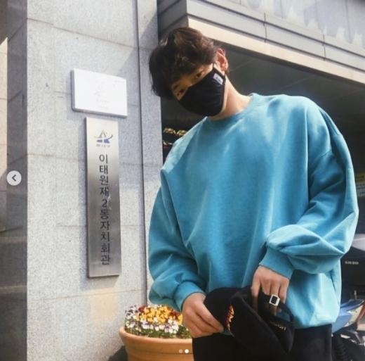 가수 겸 배우 비가 15일 자신의 인스타그램을 통해 투표 인증샷을 남겼다. /사진=인스타그램 캡처