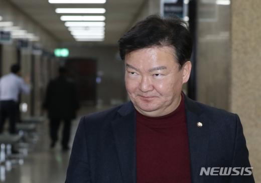 제21대 국회의원 선거에서 낙선한 민경욱 미래통합당 의원이 17일 의미심장한 글을 남겼다. /사진=뉴시스