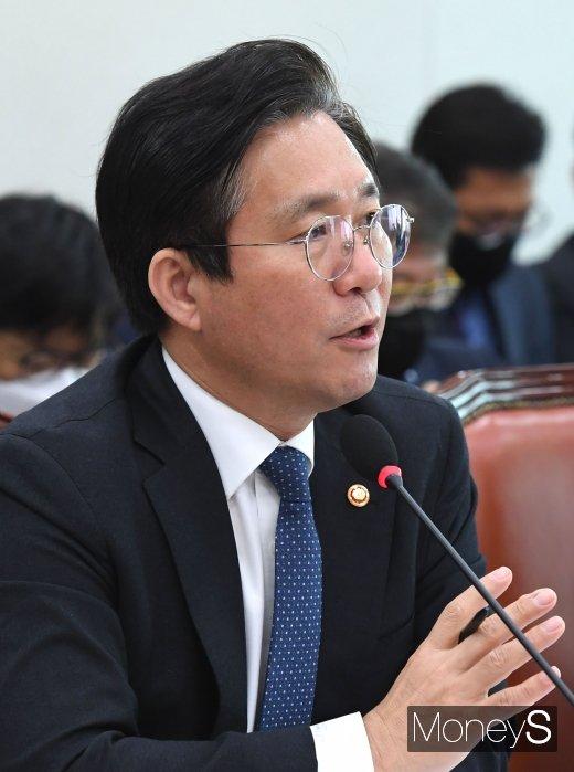 """[머니S포토] 성윤모 """"산업부 예산 529억 삭감"""""""