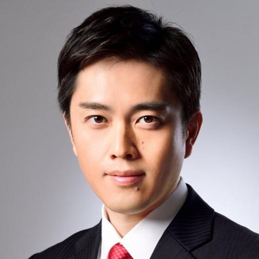 요시무라 히로후미 일본 오사카부 지사가 오사카만의 코로나19 긴급사태 선언 해제 기준을 마련하겠다고 밝혔다. /사진=요시무라 지사 트위터