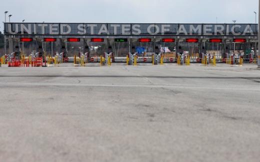 미국과 캐나다가 국경 폐쇄 협정을 다음달 21일까지 연장하기로 했다. /사진=로이터