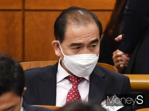 [머니S포토] 국회의장 특강 듣는 태영호 당선인