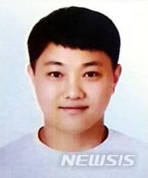 전북 전주와 부산에서 실종된 여성들을 살해한 뒤 시신을 유기한 혐의로 구속기소된 최신종(31)의 신상이 공개됐다. /사진=뉴시스