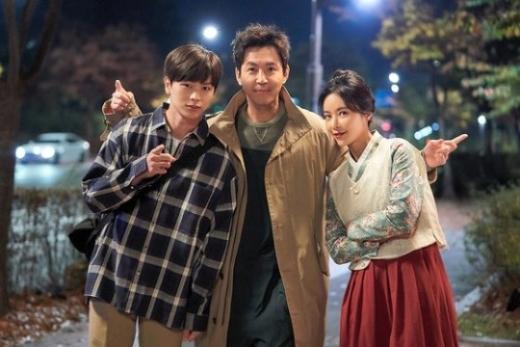 사진은 육성재(왼쪽부터), 최원영, 황정음. /사진=JTBC 제공