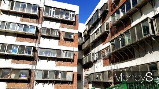 새 아파트 이유 있는 '인기'… 20년 넘은 노후아파트 10개 중 6개