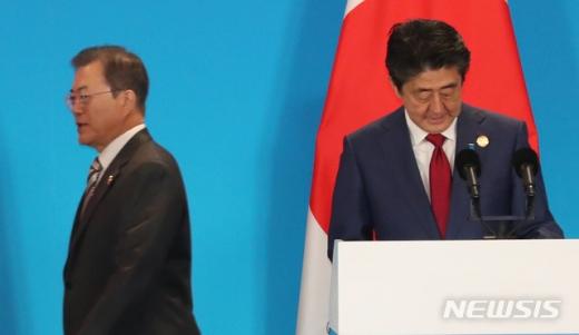 우리 정부가 지난해 11월 중단했던 일본에 대한 WTO 제소 절차를 다시 시작한다. 수출규제 철회를 촉구하며 지난달 31일까지 입장을 밝히라고 한 데 대해 일본 측이 끝내 응답하지 않으면서다. /사진=뉴시스