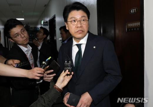 김종인 미래통합당 비상대책위원장이 지난 2일 공식적 행보를 시작한 가운데 이를 반대해 온 장제원 통합당 의원이 우려를 표했다.  /사진=뉴시스