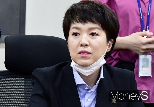 [머니S포토] 통합당 초선의원 공부모임 참석한 '김은혜'