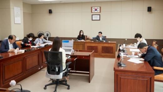 3일 용인시의회 의회운영위원회 회의 모습. / 사진제공=용인시의회
