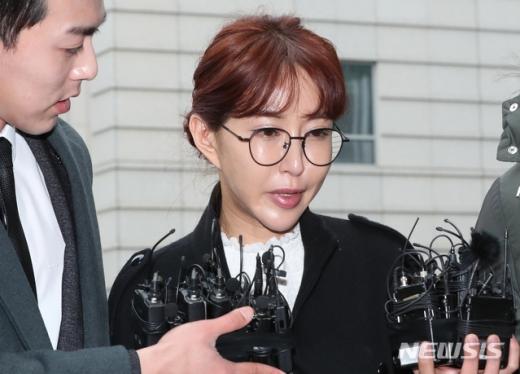 '한밤'에서 가수 슈가 대여금 반환 소송에서 패소한 내용이 다뤄졌다. /사진=뉴시스