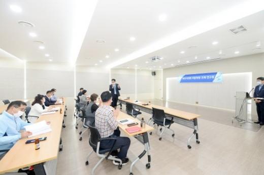 파주시의회 지방재정-조례 연구단체는 지난 3일 연구용역 최종보고회를 개최했다. / 사진제공=파주시의회