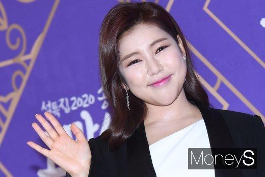 방송인 김구라가 유명 가수들의 행사비를 공개했다. /사진=장동규 기자
