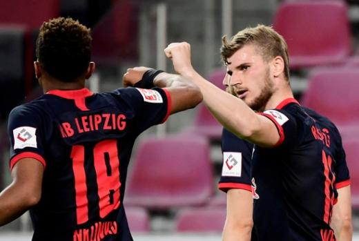 첼시가 RB라이프치히 공격수 티모 베르너(오른쪽) 영입을 주말까지 마무리짓겠다는 계획이다. /사진=로이터