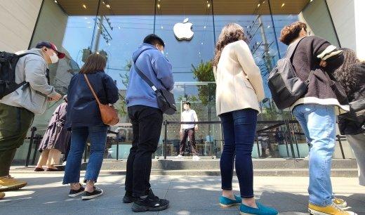 애플 갑질, 프랑스에선 벌금 640억원 냈는데… 한국은 0원?