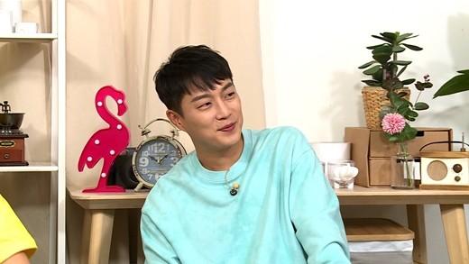 윤두준이 KBS 2TV 예능 프로그램 '옥탑방의 문제아들'에 출연해 군대시절 먹방 에피소드를 털어놓는다. / 사진=KBS