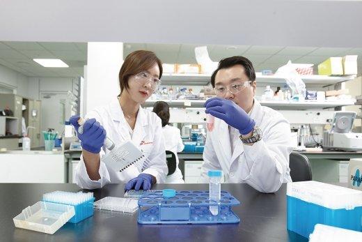 SK바이오팜, IPO 새역사 만들다… 31조 몰려, 경쟁률 323대 1
