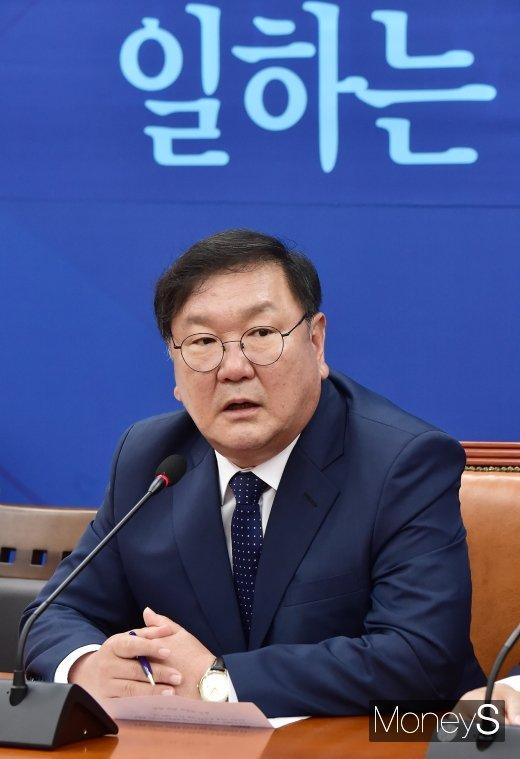 """[머니S포토] 김태년, """"민주당 통합당 외 정당들과 협의…오늘 본회의 반드시 열 것"""""""