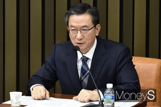 [속보]국회 예결위원장에 4선 정성호 민주당 의원