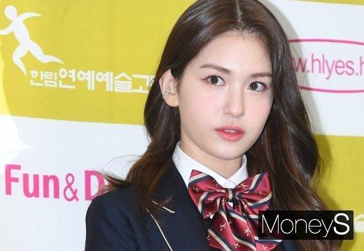 가수 전소미가 '리얼연애 부러우면 지는거다' 종영 소감을 밝혔다. /사진=장동규 기자