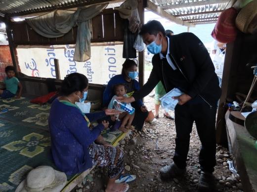 코이카(KOICA·한국국제협력단)가 2018년 라오스 댐 붕괴 사고로 피해를 입은 이재민들이 신종 코로나바이러스 감염증(코로나19) 위기를 잘 극복할 수 있도록 지원에 나섰다. /사진=코이카 제공