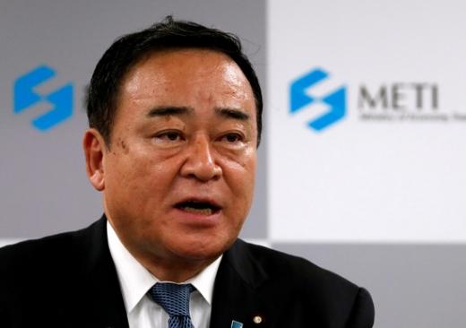 가지야마 히로시 일본 경제산업상이 한국을 향해 대화를 촉구하고 나섰다. /사진=로이터