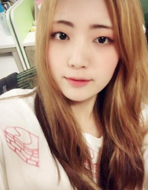 그룹 AOA 출신 배우 권민아가 같은 멤버의 지속적인 괴롭힘을 폭로하면서 화제인 가운데 AOA 출신 가수 유경이 의미심장한 글을 게재했다. /사진=유경 인스타그램