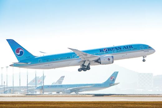 대한항공의 제주발 청주행 여객기가 엔진결함으로 회항했다. 회사는 대체편 투입을 통해 승객들을 이송했다. /사진=대한항공