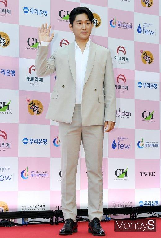 20일 밤 방송 예정인 SBS '동상이몽'에 배우 송창의와 아내 오지영이 출연한다. /사진=장동규 기자