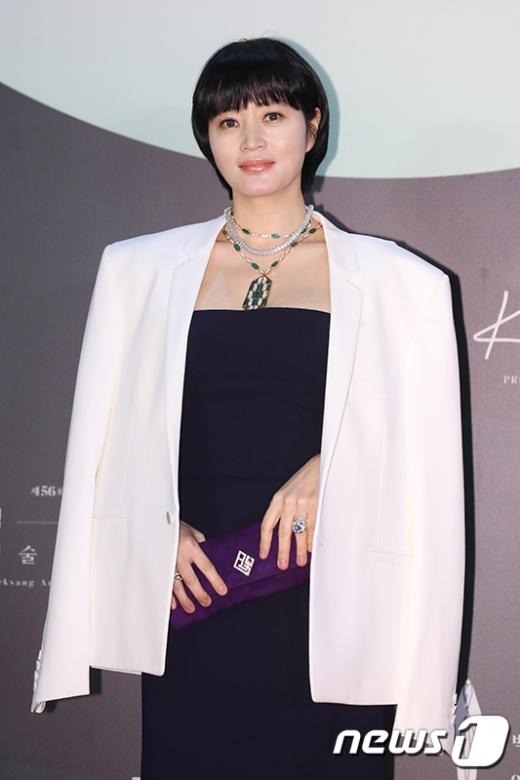 배우 김혜수 역시 지난해 모친의 빚투 논란에 휩싸였다. /사진=뉴스1